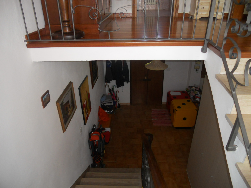appartamento galoppo ponte a egola 002.jpg (1365)