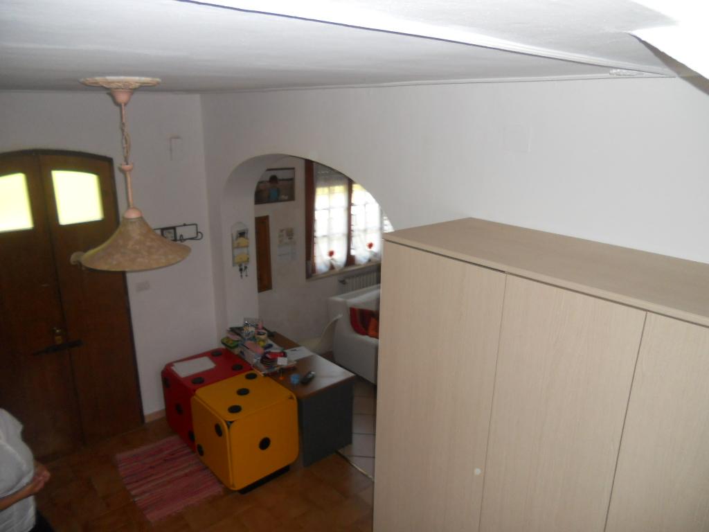 appartamento galoppo ponte a egola 013.jpg (1376)
